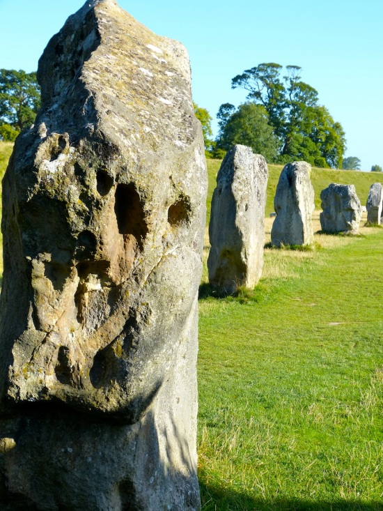 Avebury vision: gateway to the Universe